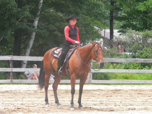 Show Me and I during a Western Pleasure judging.