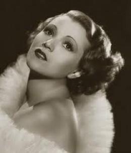 Amelia Price Hunnicutt, doesn't she look like a 1930's movie star?