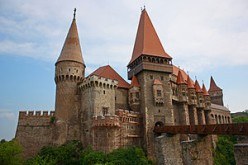 Famous Haunted Places: Hunyad Castle Budapest, Hungary (Romania)