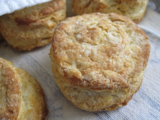 Finished biscuits! A touch overdone, but still tasty. Cooling wrapped loosely in a linen tea towel.