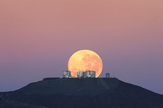 ESO's Very Large Telescope {VLT}