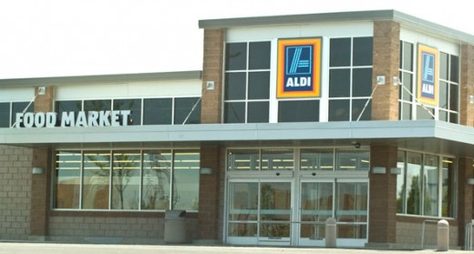 Aldi can save you money on groceries while you're trying to lose weight.