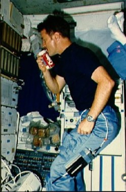 5 Reasons to Stop Drinking Soft Drinks on Earth and in Space