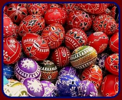 Decorating eggs is one of the nicest Easter traditions in the Czech Republic.