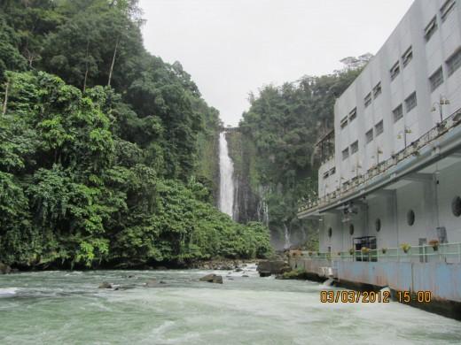 Maria Cristina Falls and the NPC Plant