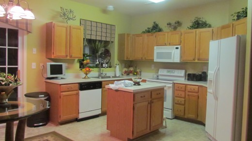 Debra's cozy kitchen.