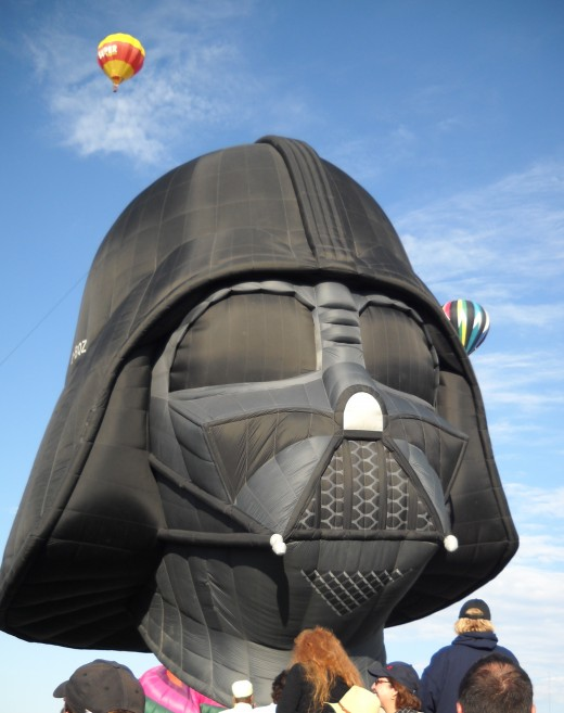 Darth Vader special shapes balloon.