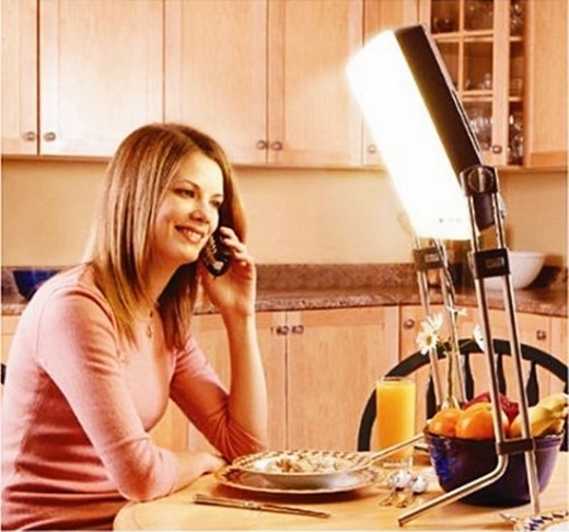 - Top 3 Best Light Therapy Products - DL930 Day-Light SAD Lamp, SunTouch Plus, goLITE BLU Light, by Rosie2010 -
