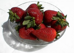 Fresh and delicious strawberries from Farmers Market