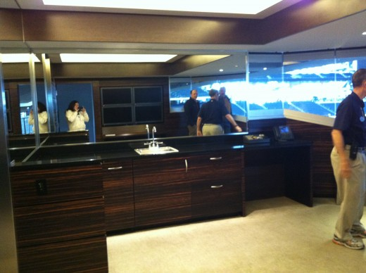 Jerry Jones' private viewing suite.