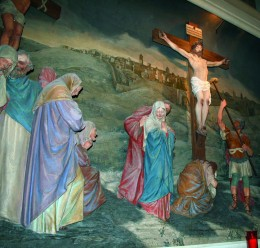 The life-size diorama of the cricifixion is at the exact distance and elevation from the tomb as is the original.