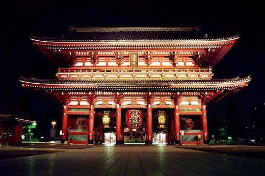 "The ""Thunder Gate"" of Sensoji Temple by night."