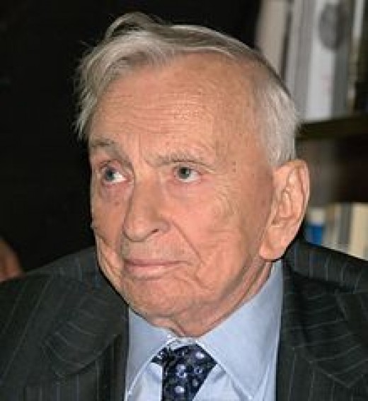 Vidal in New York City to discuss his 2009 book, Gore Vidal: Snapshots in History's Glare