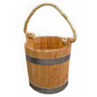 An oak bucket