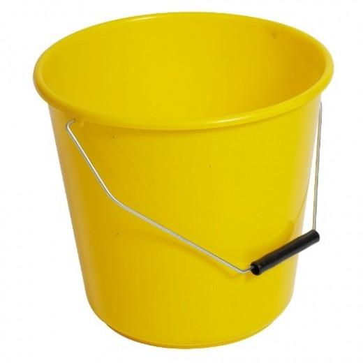 A yellow bucket