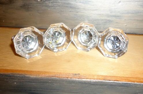 Gorgeous crystal knobs - 2.50 a piece @ Ebay