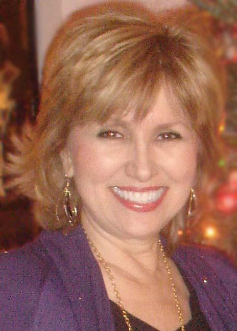 Author Sophia Knightly