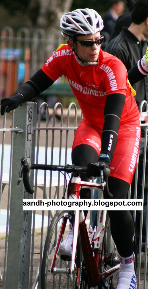 The Samcycling Race Team in action at Victoria Park. More photo's available at the A and H Photography Blog