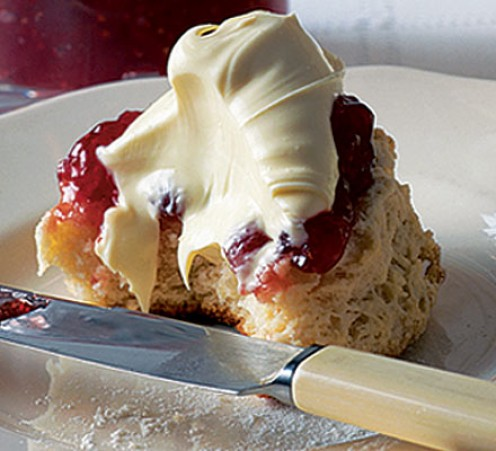 should the jam or the cream be on the top?