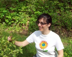 Earth Day Arts and Crafts: Make a T-Shirt