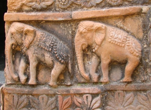 Terracotta elephants; Nabaratna temple, Panchthupi