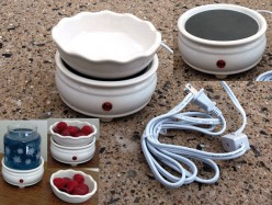What is the difference between a tart plate warmer and a regular candle tart warmer?