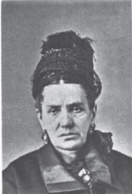 A mugshot of New York criminal Lena Kleinschmidt as appearing in the Pinkerton Photo Gallery, published prior to 1923.