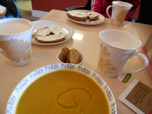 Curried squash soup, gluten free bagels and excellent chai lattes in china mugs - perfect lunch treats.