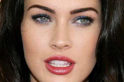 "Megan Fox is the new version of ""drop dead gorgeous."""
