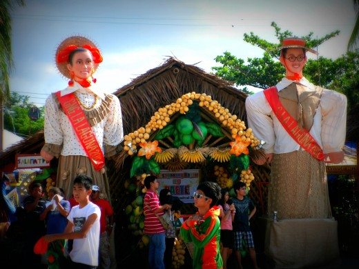 "Paete is home to the lanzones fruit, the ""ukit"" (woodcarving), the ""bakya"" (Philippine woodenshoes), the gayly painted papier-mache ""taka"", the yo-yo and other toys... http://www.paete.org/abtpaete/"
