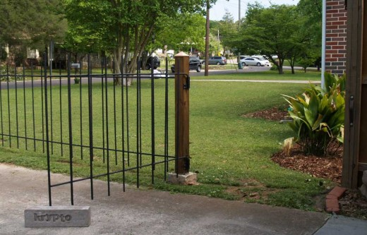 Gate access for the neighbors can be easily constructed with simple modifications from the original plan.
