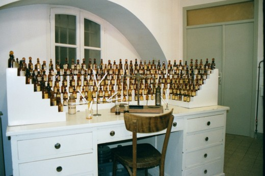Perfume organ International Museum of Perfume