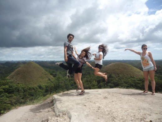 Wacky shot at Chocolate Hills