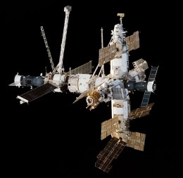Approach view of the Mir Space Station viewed from Space Shuttle Endeavour during the STS-89 rendezvous. A Progress cargo ship is attached on the left, a Soyuz manned spacecraft attached on the right. 1998.