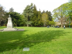 Visiting Victoria BC - Beacon Hill Park in Pictures