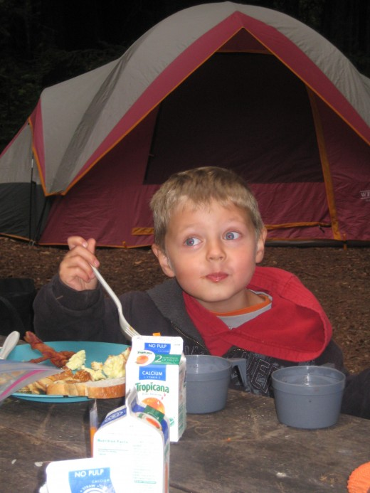 Breakfast time - mmm mmm good.  Are we eating better while camping than we would be at home?