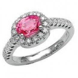 A pink sapphire ring as glamorous as any diamond