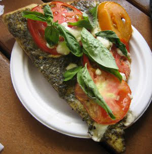 North Shore Farms: Pesto Grilled Pizza