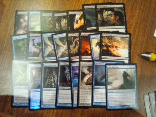 My U/B beatdown deck for the pre-release