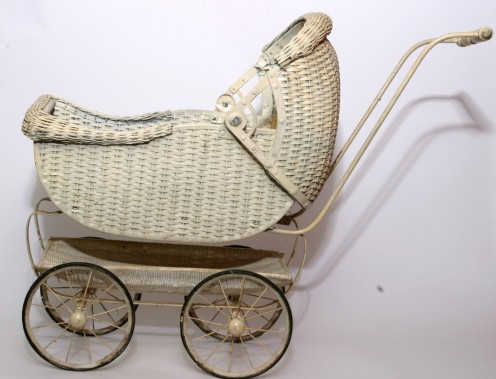 White wicker pram1940s.