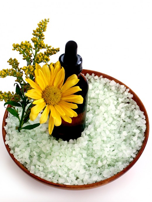 Salt And Essential Oils For A Good Detox