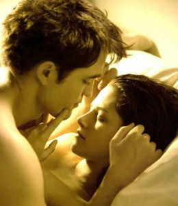 From a woman's perspective, big muscles and performance in bed has little relevance with each other. It is the connection, comfort and bonding that make sparks fly. In picture are Robert Pattinson and Kristen Stewart filming a kissing scene.