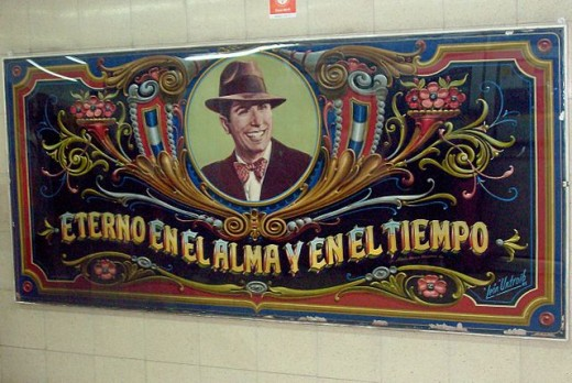 "A good example of ""fileteado"" art showing Carlos Gardel with his eternal smile."