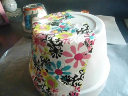 decorating clay pots for fun and for gifts
