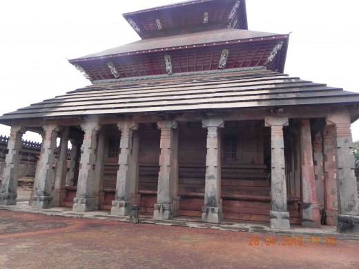 1000 Pillar Temple, Moodabidri