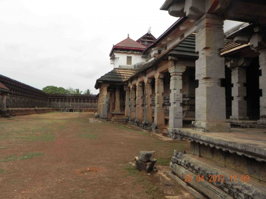 1000 Pillar Temple, Moodabidri