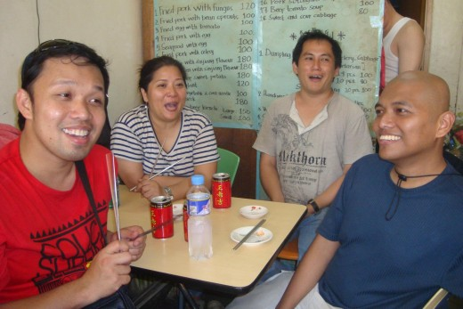 with Fellow CSers Archie, Charlie and Christian Food-tripping @ Chinatown after our CS Outreach Feeding Acitvity in Baseco & Ulingan
