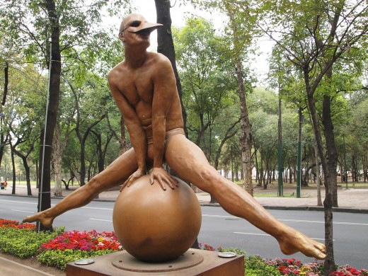 """Equilibrista en Split Monumental (Monumental Equilibrist in Split)"" 2002. Bronze Sculpture by Mexican Artist Jorge Marin. Mexico City Open Air Exhibit at ""Paseo de la Reforma (Chapultepec)""."