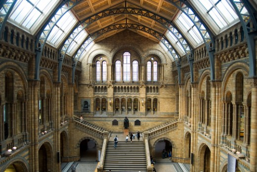 Natural history museum is on Cromwell road, London