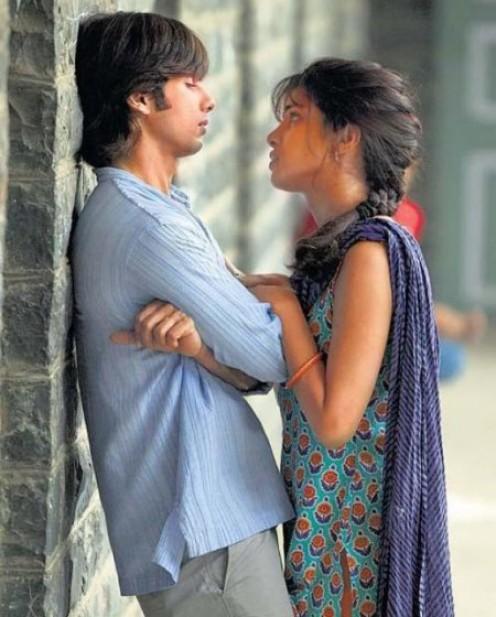 Priyanka Chopra and Shahid Kapoor in Kaminey.